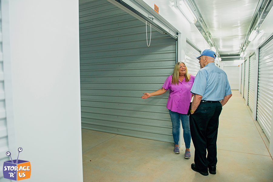 Explaining Advantages of Using Self-Storage Units